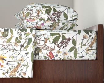 Bedding Sheet Set, Pressed Flowers Design, Includes Fitted Sheet, Flat Sheet, and Pillowcase, Twin, Queen, King Sheet Set