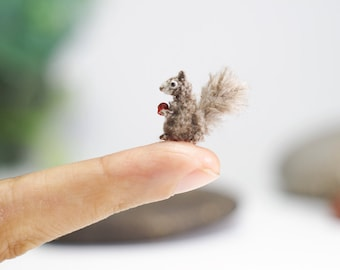 Miniature crochet  Squirrel, Gray Squirrel, amigurumi tiny squirrel