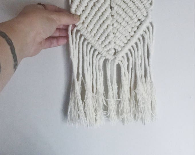 Little Nugget - small macrame wallhanging