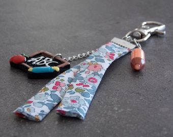 """Key ring / jewelry bag """"Teacher"""" in stainless steel + friendship charms resin"""
