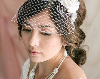 Crystal and Flower Mini Birdcage Veil, Birdcage Veil Headband, Bridal Veil, Wedding Veil, Bridal Headpiece, Wedding Headband