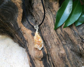 Citrine Crystal Necklace / Citrine Crystal Point Gemstone Pendant / November Birthstone Necklace / Citrine Jewelry