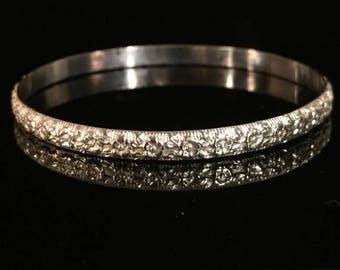 Medium-weight Floral Patterned Sterling Silver Bangle
