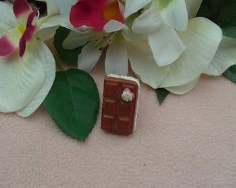 BAGUE CARRES CHOCOLAT  réglable argentée bijou barre de chocolat fourré chantilly,pour les gourmandes...a porter sans modération