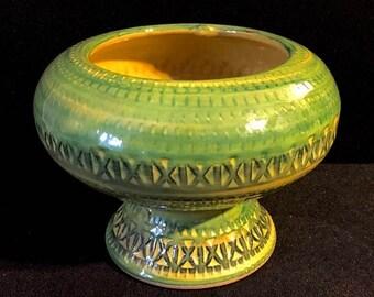 Memorial Moving Sale Mid Century Lime Green Bitossi Style Italian Ceramic Vase