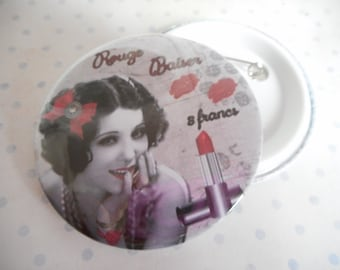 """Mothers day badge large 58 mm """"red Kiss"""" white, red, black, red lipstick"""