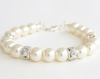 Bridal shower gift, bridesmaid gift, bridesmaid pearl bracelet, bracelet, wedding gift, pearl and rhinestones bracelet, mother gift