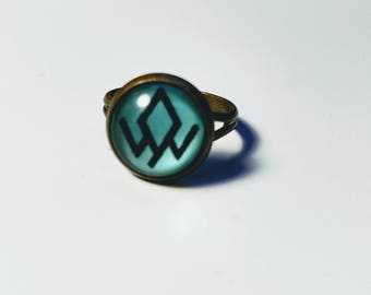 Twin Peaks Owl Cave Cabochon Ring