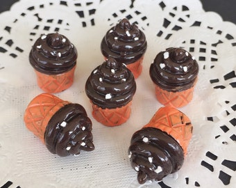 14x19mm.Miniature Cabochon Cupcakes,Miniature Cupcakes,Cabochon,Resin,Miniature Sweet,Mobile Case Deco,Miniature puff