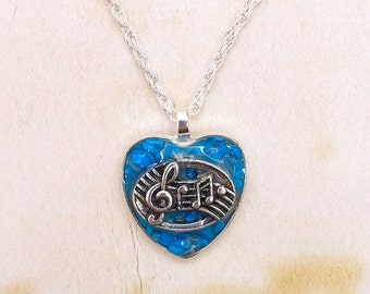 Heart Music Stave & Treble Clef Turquoise Chips Resin Cabochon Pendant On Silver Plated Rope Chain Necklace