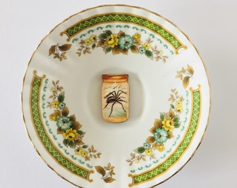 Spider in Jar White Display Plate 3D Sculpture with Green Yellow Brown Floral Design for Wall Decor Birthday Wedding Anniversary Friend Gift
