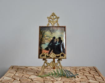 Antique Silhouette Picture on Convex Glass | Victorian Shabby Chic Farmhouse Antique Art | Reverse Painted Silhouette Romantic Couple Scene