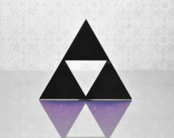 triangle geometric triforce black brooch fanart