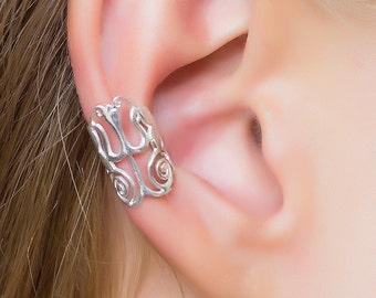 Silver ear cuff. ear wrap. bohemian. cartilage cuff. ear cuffs earring. ear cuffs no piercing. fake piercing. shiva. tribal