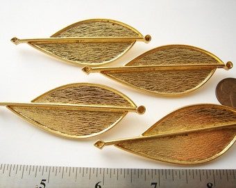 4 Vintage Gold tone Modern art brooches HC001.