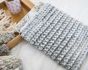 Marble Laptop Sleeve - Grey Knit Laptop Cozy - Chunky Knitted Crochet Marble Gray Macbook Air Case