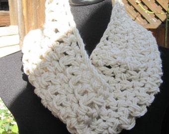Crochet Cowl - Cream