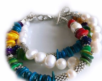 Freshwater Pearl and Free Form Rondelle Mother of Pearl Bracelet