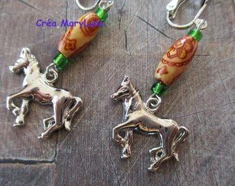 Clip earrings for non pierced Maroon and green horse
