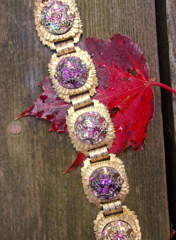 Iridescent Glass Pressed Floral Pattern Bracelet Sunburst