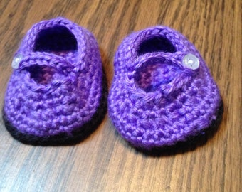 Crocheted Baby booties, purple baby booties, Mary Janes