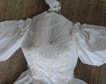 Vintage Wedding Dress Custom Ivory Size 0 Puffed Sleeves Train Lace Bodice 1970's