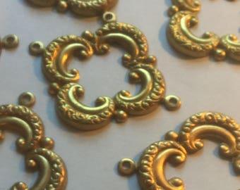 Vintage Brass Connectors Beads (2)