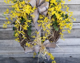 "24"" Forsythia Wreath, Yellow Wreath, door Wreath, Summer Wreath, Front Door Wreath, Forsythia door wreath, Yellow door wreath, Spring Wreath"