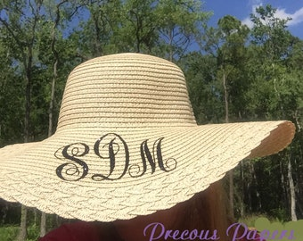 Personalized monogrammed straw hats, monogrammed beach hats, monogrammed summer hats
