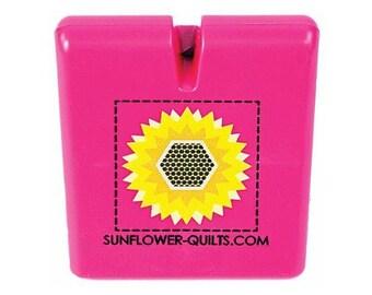 The Original Thread Cutter By Sunflower Quilts~Pink