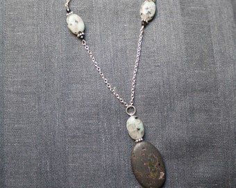 SALE! necklace: back and gray natural stone and chain necklace. handmade, white, silver, boho, bohemian, beaded, minimal