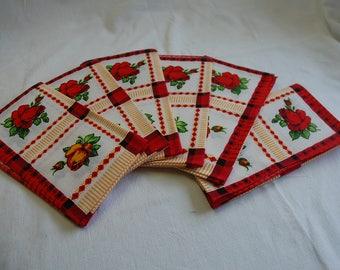 6 flower napkins