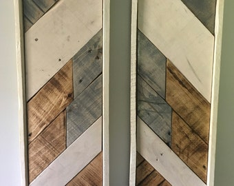 Reclaimed Pallet Wooden Reflection