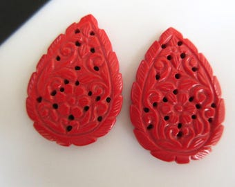 2 Pieces Matched Pair Pear Shaped Coral Jewelry Carvings, Hand Carved Filigree Findings, Gemstone Carving, 37x25x4mm, GDS856