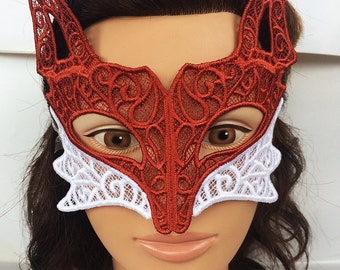 Foxy Fox Lace Mask
