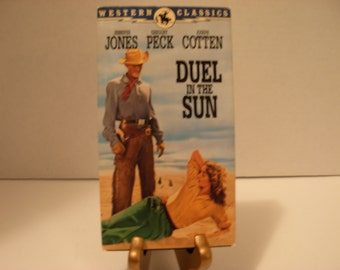 Duel In The Sun, VHS Tape, Gregory Peck, Joseph Cotten, Color, Full Screen, Free Shipping