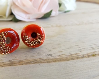 Stud earrings Donuts with red fruit coulis and golden bead