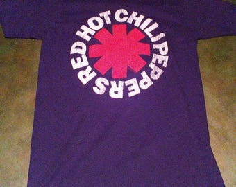 Vintage logo red hot chili peppers black t shirt