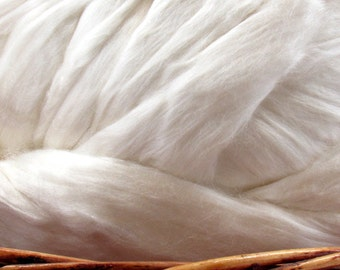 Seacell Fiber Top - Undyed Spinning Fiber/ Roving - 1oz