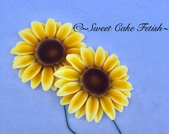 Gumpaste sunflowers  Fondant Flowers   Cake topper   Sunflower cake topper  Wedding cake decorations  Birthday Cake topper  Gumpaste flowers