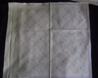 Traditional Sashiko Preprinted Pattern on Indigo Background/Nowacki/100% Cotton/Ivory Background