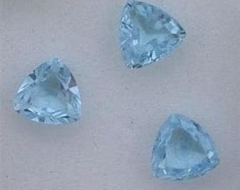 5 pieces natural  sky blue topaz faceted trillion gemstone