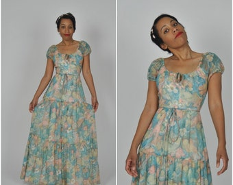 1970s Pastel Floral Maxi dress by House of Bianchi of Boston | vintage 1970s dress | floral 1970s dress