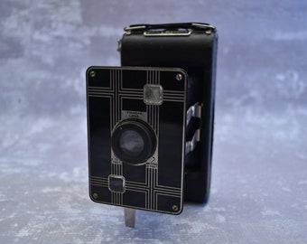 Kodak Jiffy Six-20 Camera