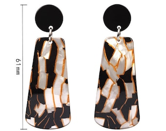 Super nice acetate tortoise shell earrings - matching to the kittycat pin!