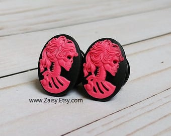 Hot Pink Skull Goddess Plugs for Gauged Ears Sizes 2G, 0G, 00G, 1/2, 9/16, 5/8 Inch, 15mm, 14mm, 12mm, 10mm, 8mm, 6mm, 5mm,4mm, One Pair(1)