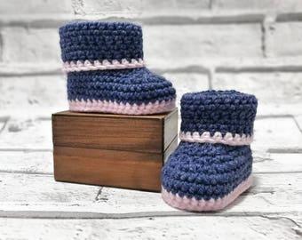 Baby booties, baby boots, denim blue booties, baby girl booties, girls shoes, crochet booties, blue and pink booties, baby gift, baby shoes