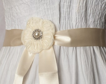 Ivory Flower Ribbon Sash
