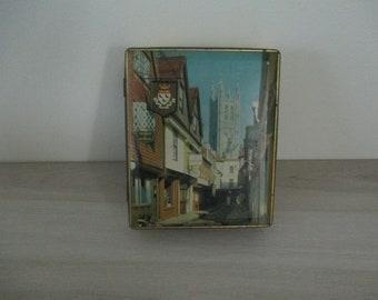 Vintage English Tin Caterbury Toffee