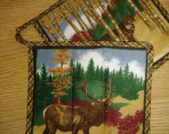 2 pc. Elk & Wolf Hot Pad Pot Holder Set